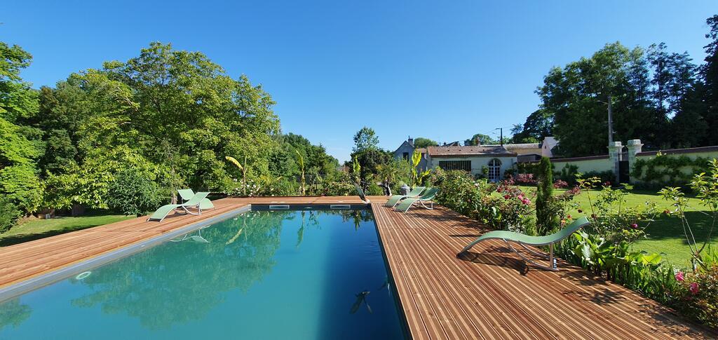maison-hotes-hotels-piscine-exterieure-2h-paris