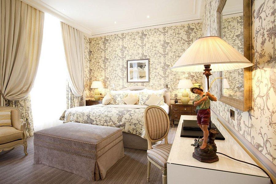 hotel-luxe-romantique-2h-paris-Domaine-Crayeres