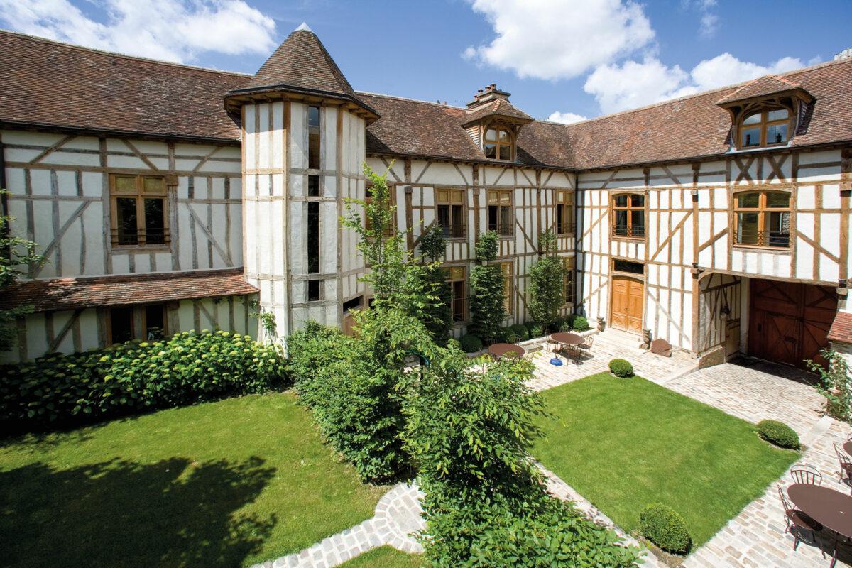 hotel-troyes-maison-rhodes-piscine-2h-paris